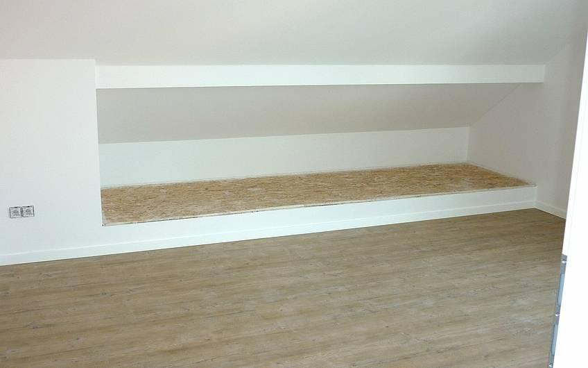 Holzfußboden im Dachgeschoss
