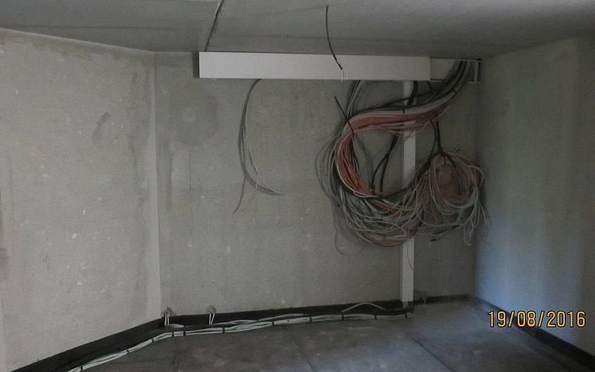 Alle Elektro-Kabel wurden bis zum Verteiler in den Keller gelegt.