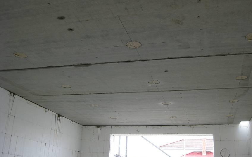 Die Decke des Erdgeschosses wurde verlegt