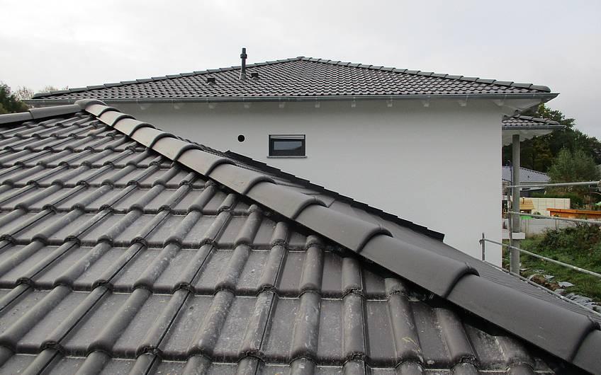 Fertiggestellte Dacheindeckung.