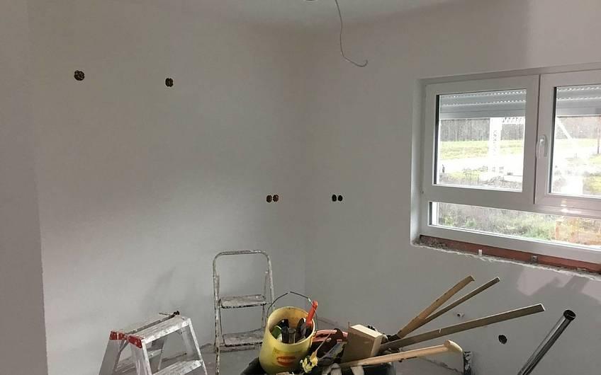 Malerarbeiten im Familienhaus Jano von Kern-Haus in Forchtenberg