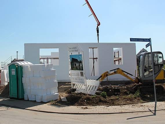 Rohbau eines Loop Classic von Kern-Haus entsteht