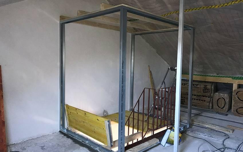 Der Trockenbau wird den Treppenausgang noch entsprechend verkleiden.
