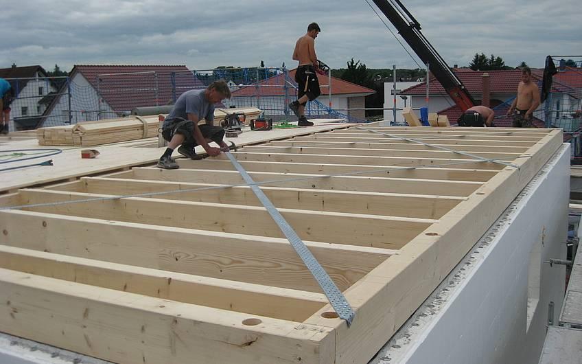 Die Dachsparren wurden aufgelegt