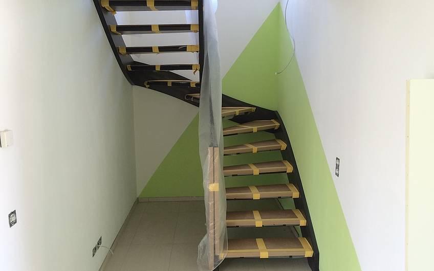 Die Treppe ist eingebaut