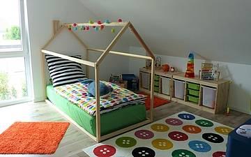 Kinderzimmer im Einfamilienhaus Komfort von Kern-Haus in Neupotz