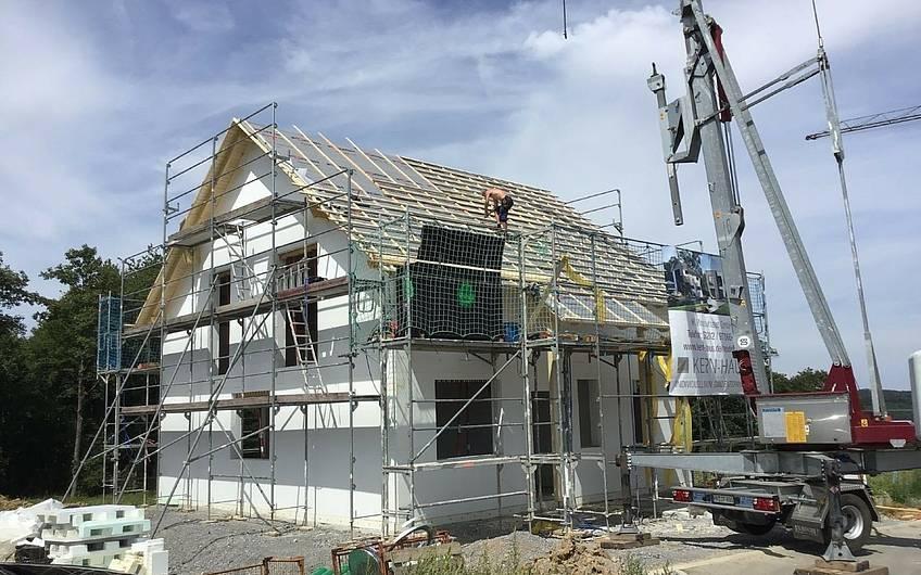 Dach des Familienhauses Jano von Kern-Haus in Forchtenberg