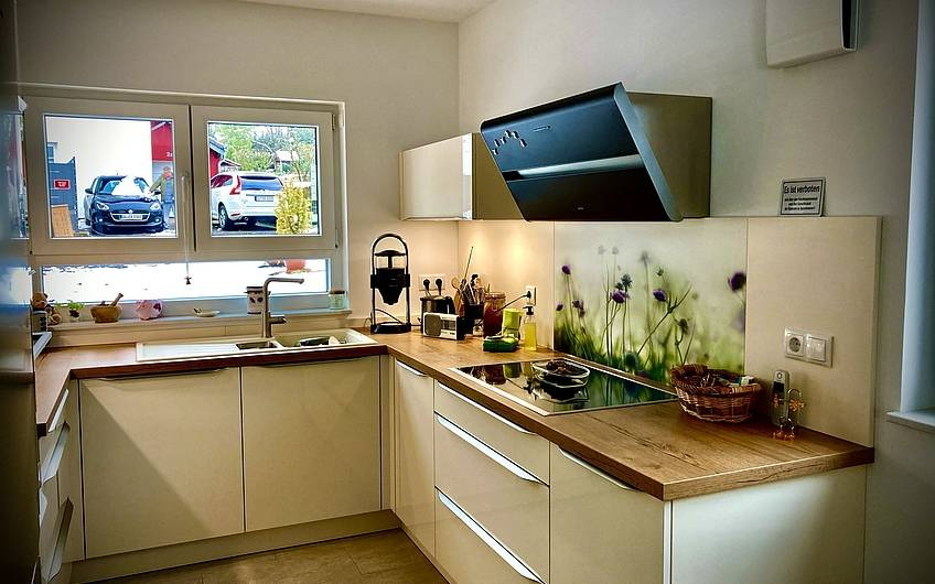 Fertig eingerichtete Küche!