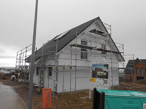 Ein Kern-Haus Luna entsteht im Baugebiet in Erfurt-Marbach.