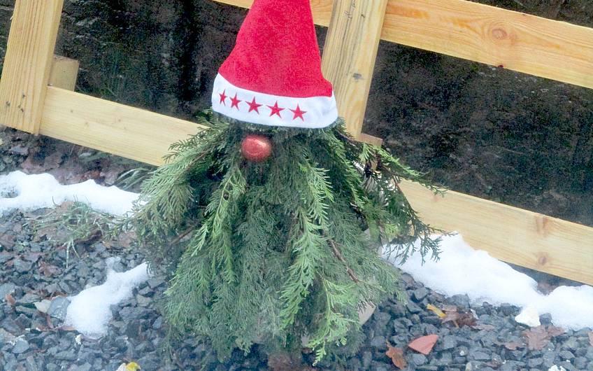 Der Weihnachtsmann ist da.