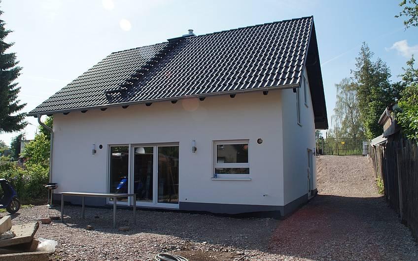 Bereits Ende Juni 2017 können die Bauherren in ihr neues Haus einziehen.