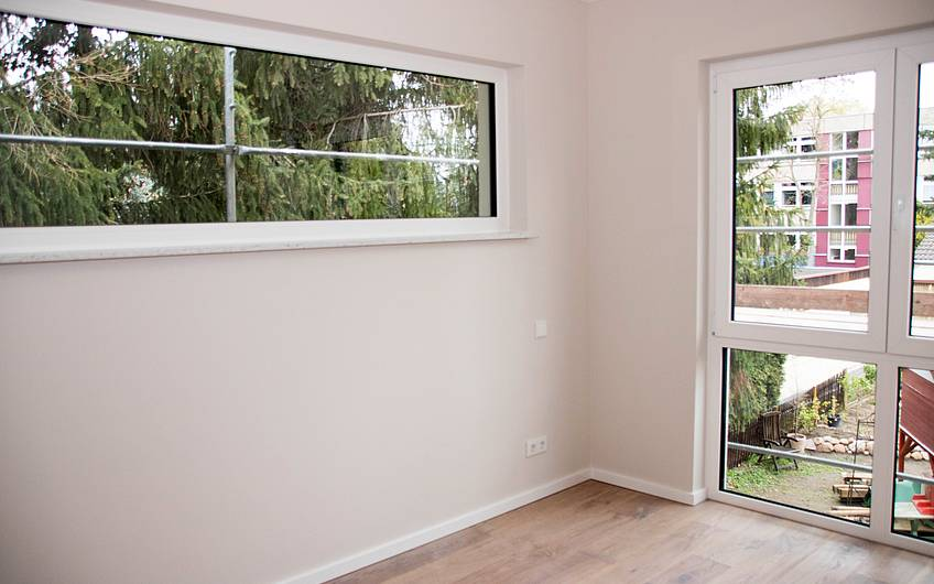 Zimmer mit Fenster Obergeschoss