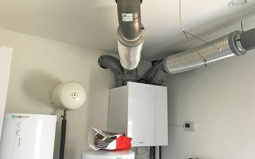 Haustechnik im Hauswirtschaftsraum im Kern-Haus Centro