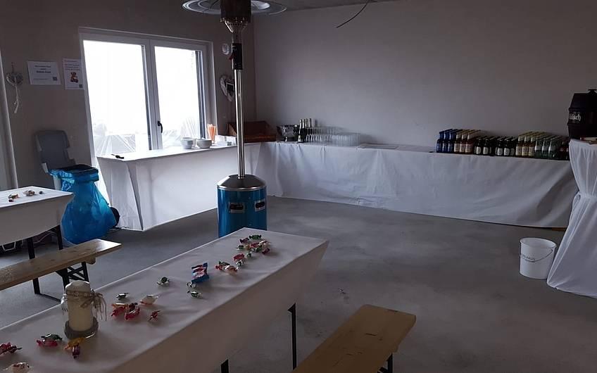 Morgens um zehn... die Vorbereitungen sind erledigt... Nur die Gäste und das Essen fehlen noch :-)