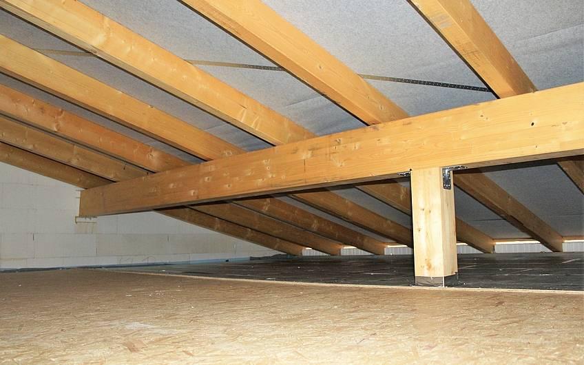 Ausgebauter Dachboden im Kern-Haus-Bungalow Trio in Magdeburg