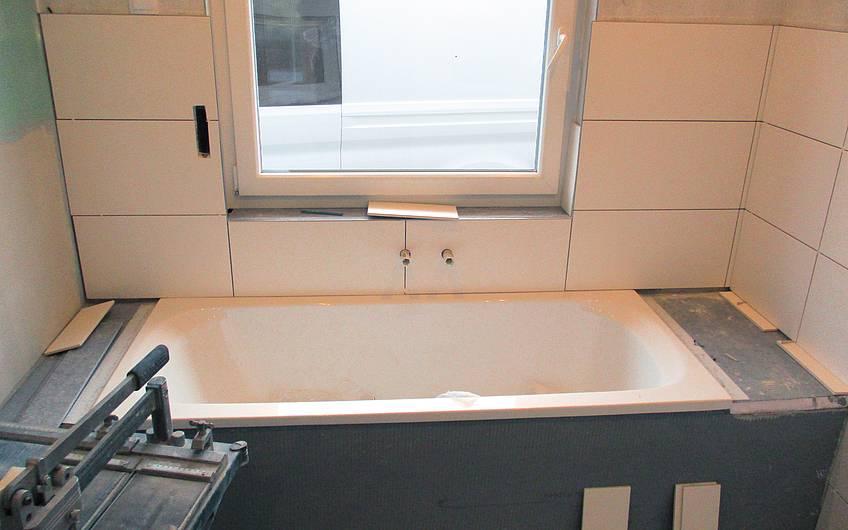 Eingebaute Badewanne.