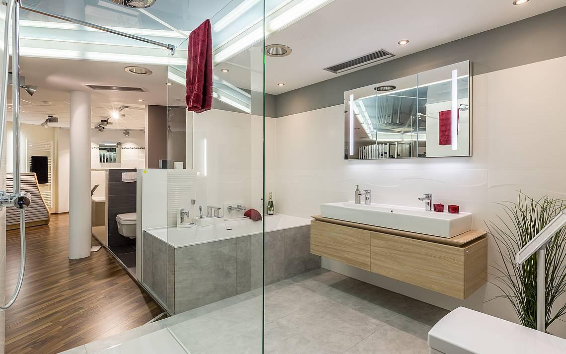 Kern-Haus-Kompetenz-Center Badezimmer Style