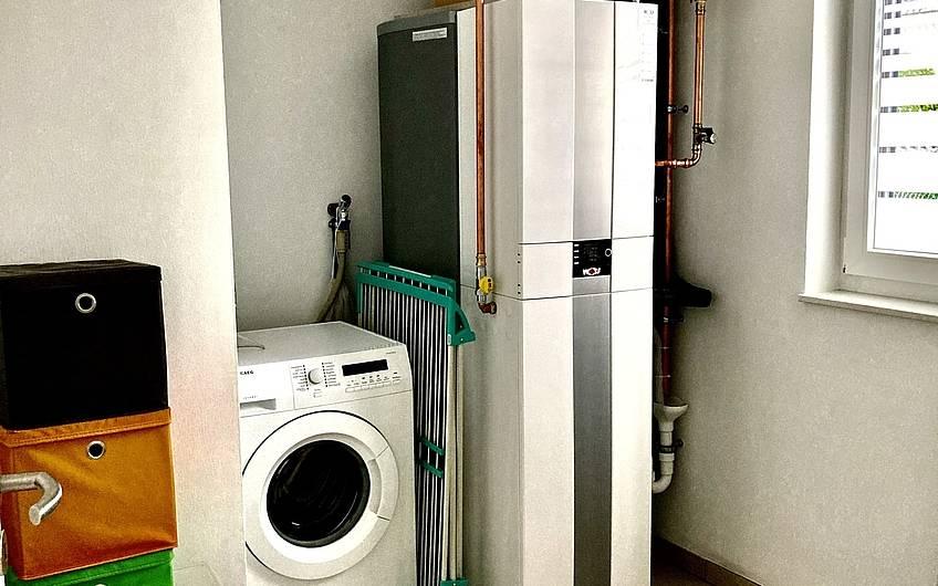 Alles angeschlossen... Die Waschmaschine steht jetzt ebenfalls bereit.