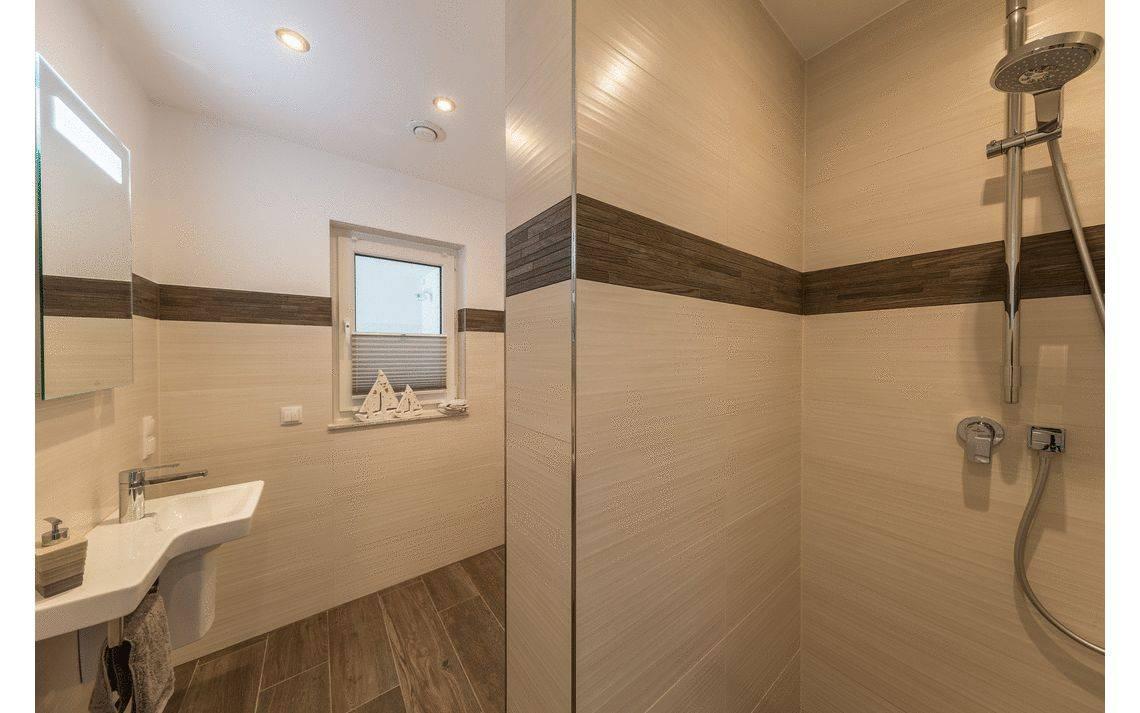 Kern-Haus Aura Gäste-WC